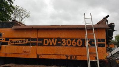 DW3060 Kette Tracked Buffel photo