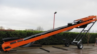 Mobile Conveyor Stockpiler wheeled photo